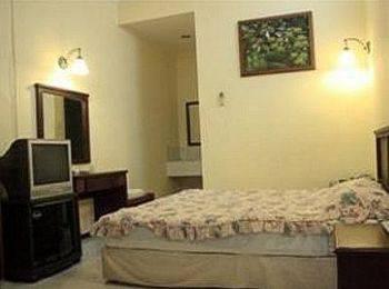 Mutiara Hotel Malang - Standard Room Regular Plan