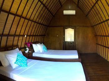 Amora Villa Lombok - Deluxe Twin Regular Plan