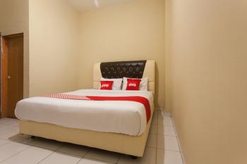 OYO 1539 Armita Residence Medan - Standard Double Room Regular Plan