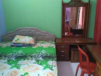 SPOT ON 2689 Safira Family Residence