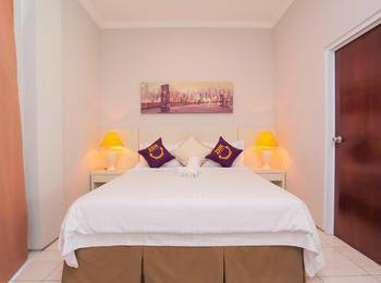 ZenRooms Kuningan Anggrek - Double Room Only Special Promo
