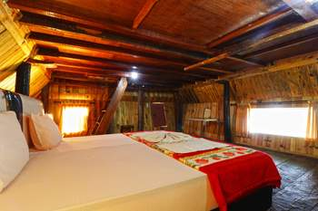 Tuk Tuk Timbul Bungalows Danau Toba - Traditional Room - Non Refundable Special Deal
