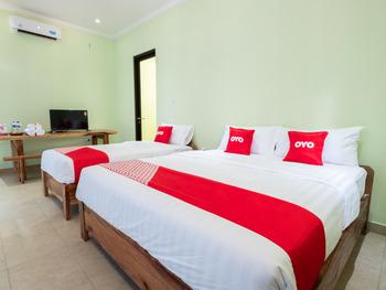 OYO 1605 Puput Resort Batulayar Senggigi Lombok - Suite Triple Regular Plan