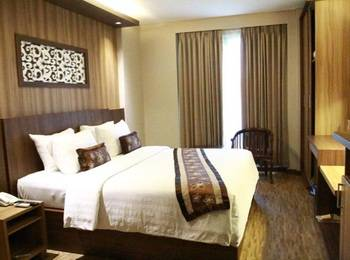 Diamond Hotel Samarinda - Deluxe Double Room Regular Plan