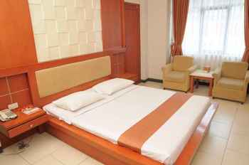 Arinas Hotel Lampung - Deluxe Double Room Regular Plan