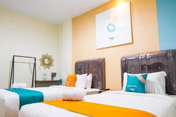 Sans Hotel Cemara Asri Medan Deli Serdang - Superior Twin Room Basic Deal