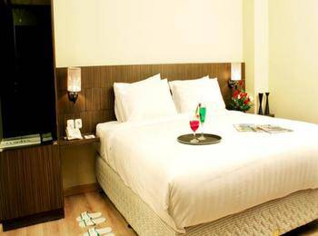Lorin Hotel Sentul Bogor - Deluxe Room With Breakfast Regular Plan