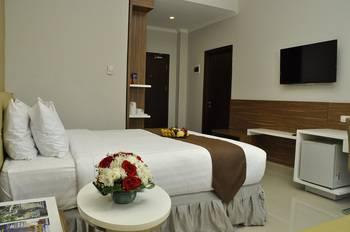 Lorin Hotel Sentul Bogor - Deluxe Room Regular Plan