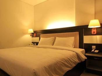 Hotel Zahra Kendari - Deluxe Room - Termasuk Sarapan Regular Plan