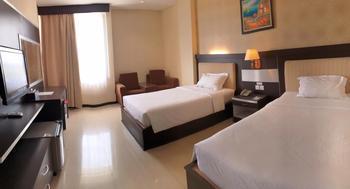 Hotel Zahra Kendari - Deluxe Twin Room - Termasuk Sarapan Regular Plan