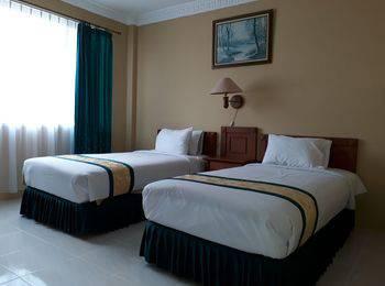 Hotel Griya Tirta Pangkalpinang - Deluxe Twin Room Only Regular Plan