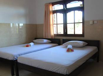 Cempaka 3 Inn Bali - Standard Room Only with Fan Hot Deal - 50%