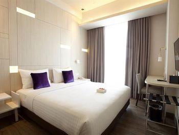 Swiss-Belinn Cikarang Bekasi - Suite Room Double - with Breakfast Regular Plan