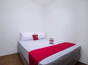 RedDoorz Plus near Plaza Indonesia Tanah Abang - RedDoorz Room Last Minute Deal