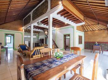 Mahalini 3 Bali - Triple Bedroom Villa sharing pool Regular Plan