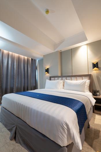 Arthama Hotel Jakarta Jakarta - Deluxe Corner Room Best Deal