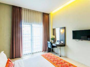 Moscato Hotel and Cafe Bandung - Deluxe Double Room Only Regular Plan