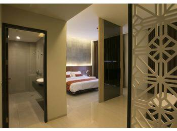 Moscato Hotel and Cafe Bandung - Suite Room Only Regular Plan