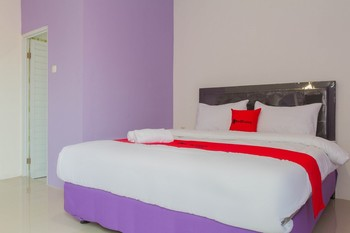 RedDoorz Plus @ Tuparev Cirebon 2 Cirebon - RedDoorz Room with Breakfast LM 5%