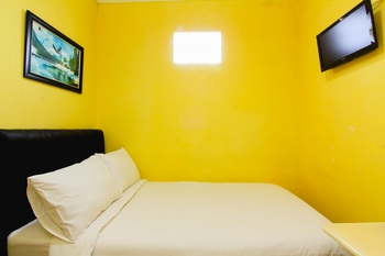 Guesthouse Omah Waris Yogyakarta - Standard Shared Bathroom FC 7D min Stay 2N