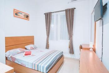 Emilia Homestay Yogyakarta - Superior  Room Breakfast FC Basic Deal 20%