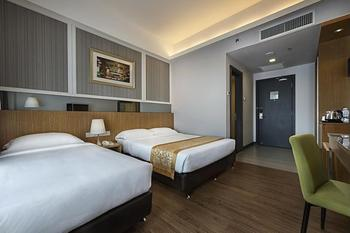 Hotel Transit Kuala Lumpur - Superior Triple Room Hemat 30%