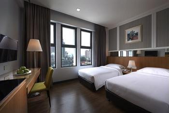 Hotel Transit Kuala Lumpur - Standard Twin Room, 2 Single Beds Hemat 30%