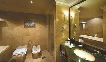 Berjaya Times Square Hotel, Kuala Lumpur Kuala Lumpur - Deluxe Room, 2 Bedrooms Hemat 23%