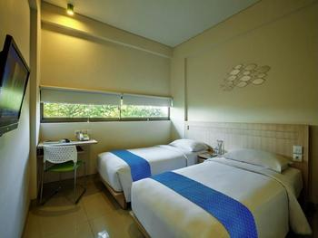 J Hotels Kuta Bali - Kamar (Cozy Room Only) Hemat 35%