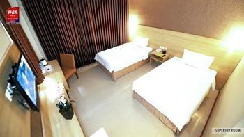 Her Hotel & Trade Centre Balikpapan Balikpapan - Superior Room Regular Plan
