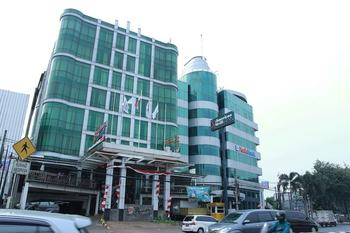 Capital O 126 Business Hotel