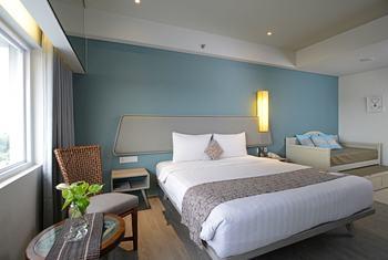 La Lisa Hotel Surabaya Surabaya - Family Room Regular Plan