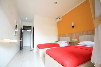 Beneyasa Beach Hotel 2 Bali - Standard AC for 2 persons Hemat 50%