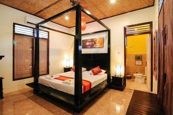 Pesona Resort Lombok - Poolside King Regular Plan