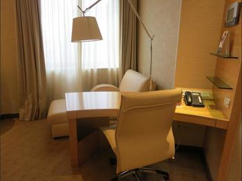 M Hotel Singapore - Club Double Room, City View Regular Plan