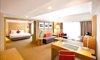 Novotel Clarke Quay - Suite Premier Regular Plan