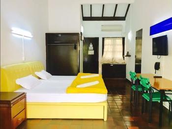 CherryLoft Resorts Singapore - STUDIO CHALET GARDEN VIEW (TWIN) Regular Plan