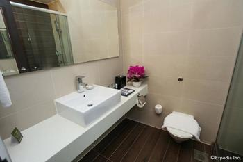 Village Hotel Bugis - Deluxe Room Pesan lebih awal dan hemat 25%