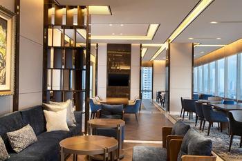 Sheraton Grand Jakarta Gandaria City Hotel Jakarta - Kamar Klub, 1 Tempat Tidur King Regular Plan