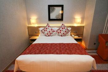 Park Hotel Alexandra - Deluxe Double or Twin Room