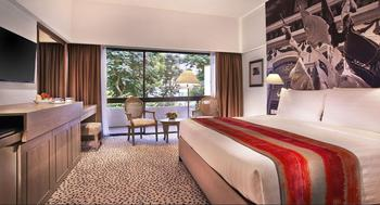 Goodwood Park Hotel Singapore - Deluxe Mayfair Room - Max. 3 pax in total Regular Plan