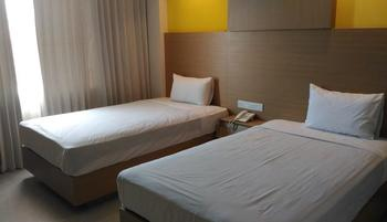 Hotel Kharisma 2 Madiun - VIP Room Regular Plan