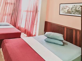Hotel Aida Syariah Samarinda - Family Room KETUPAT