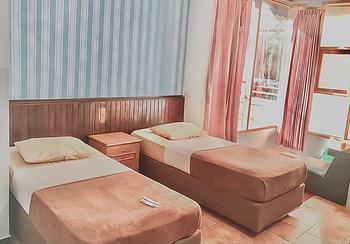 Hotel Aida Syariah Samarinda - Deluxe Twin Room KETUPAT