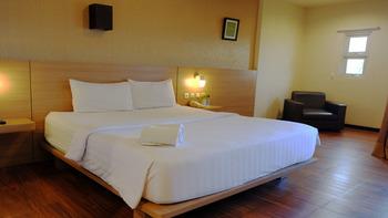 Kuraya Residence Bandar Lampung - Deluxe Double Room Regular Plan
