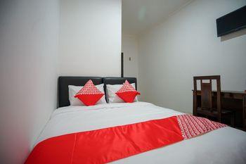 OYO 1586 Kerangga Homestay Syariah Palembang - Standard Double Room Regular Plan