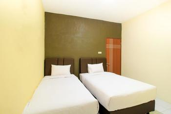 A1 Hotel Surabaya - Standard Twin Regular Plan