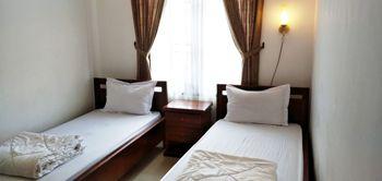 D' Maktab Homestay Malang - Standard Twin Room Only Regular Plan