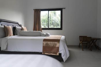 Paica Hotel Bali - Empat Orang Kamar Regular Plan