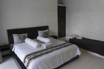 Paica Hotel Bali - Triple Room Regular Plan